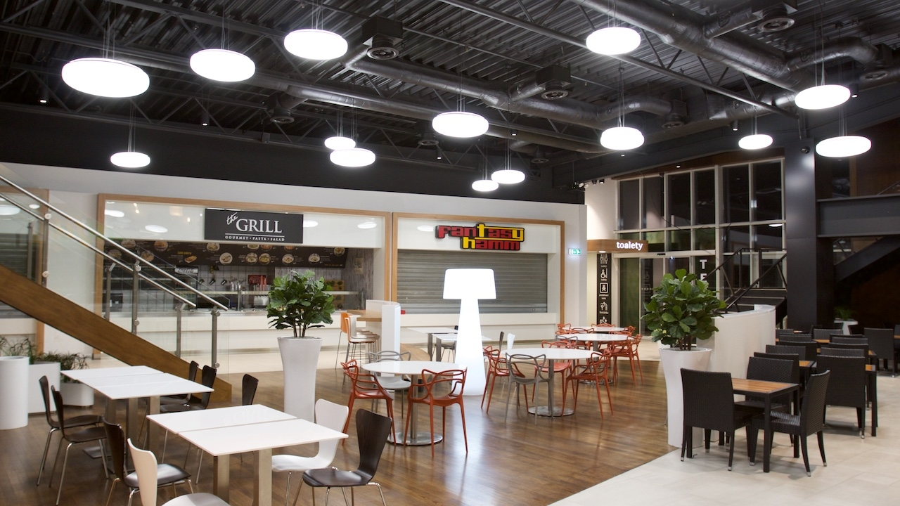 c453c32bfa LED modernisation of the lighting system in foodcourt