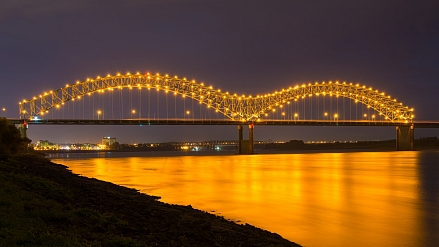 Signify Beautifies Memphis Bridge and the Big River Crossing with Connected LED System
