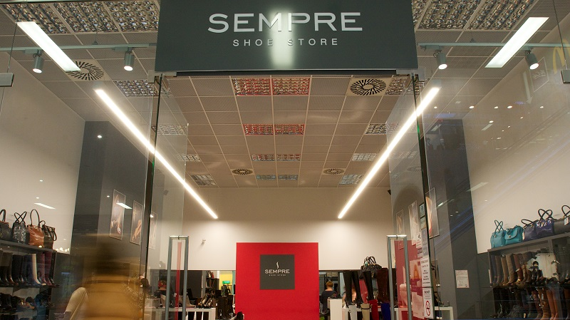 LED illuminance of store SEMPRE / OC MAX NITRA