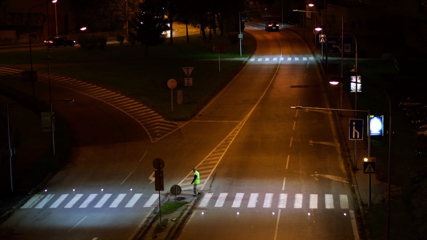 Lighting of crosswalks